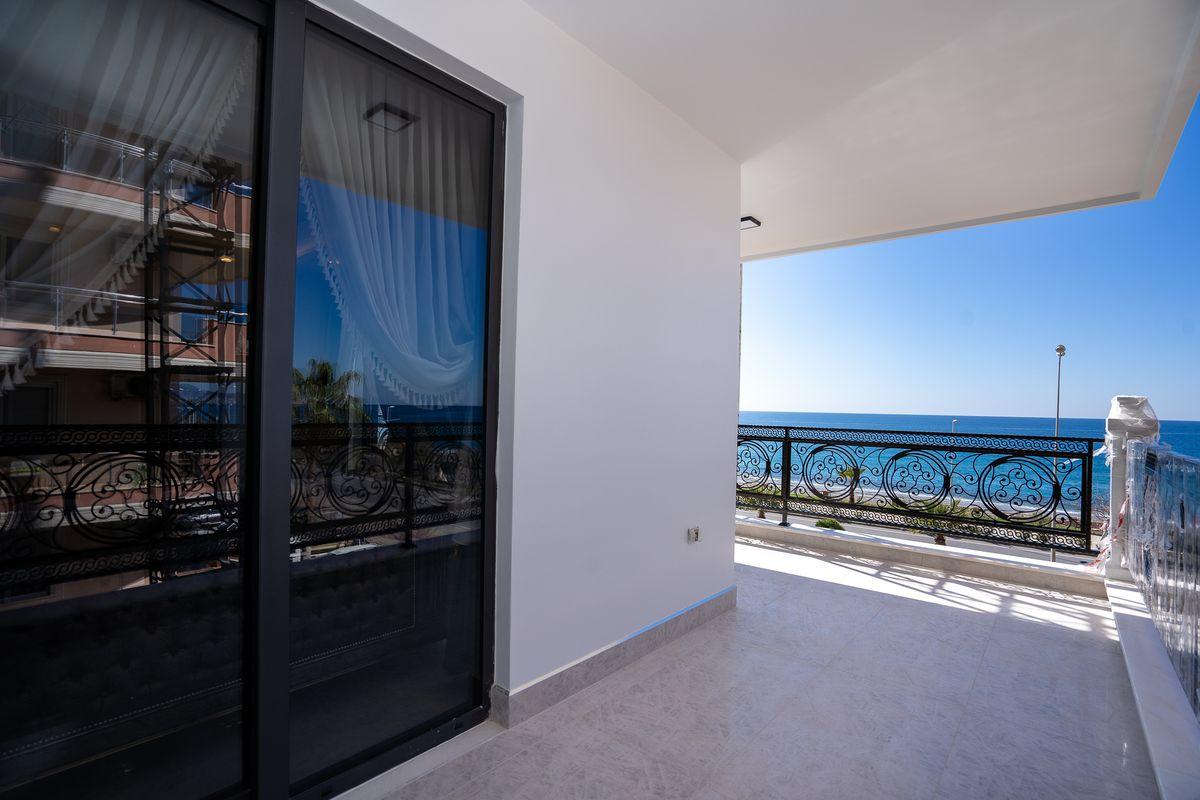 Первая линия! Апартаменты с видом на море, Махмутлар (00632)