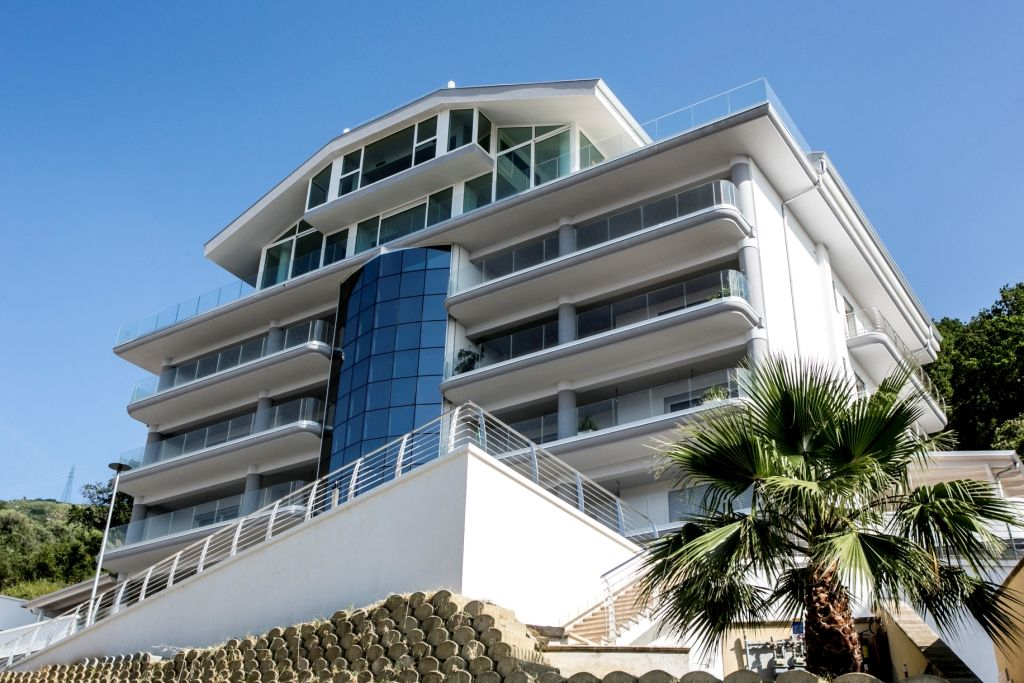 Апартаменты с панорамным видом на море (038214)